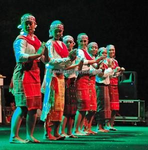 Lomba Jawi Nyai, authentic, event, talent show, carnival, Borneo, Kalteng, Indonesia, Palangka Raya, native, Suku Dayak, Obyek wisata, Tourism, tribal, tribe, backpackers,