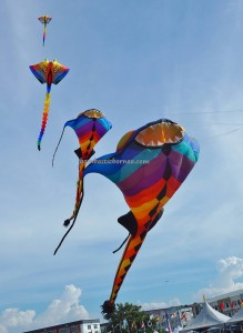 Borneo,International, Layang-Layang antarabangsa, championship, Dual Line Stunt Kites, double delta kite, sport kite, event, Sarawak, Old Bintulu Airport, outdoors, Tourism, tourist attraction, 婆罗洲国际风筝节, 民都鲁沙捞越