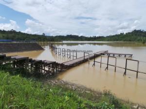 reservoir, adventure, outdoor, backpackers, Borneo, 中加里曼丹, Kuala Kurun, native, Dayak Ngaju, Obyek wisata, Tourism, tourist attraction, travel guide, village