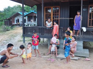 authentic, backpackers, Central Kalimantan, Gunung Mas, Rungan, Rumah Betang Toyoi, culture, budaya, native, traditional, Tourism, tourist attraction, travel guide, tribal, tribe, village