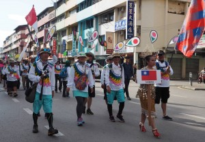 Borneo, Layang-Layang antarabangsa, backpackers, championship, Dual Line Stunt Kites, street parade, sport kite, layangKing ShowKite, event, Malaysia, Old Bintulu Airport, Tourism, travel guide, 婆罗洲国际风筝节, 民都鲁沙捞越
