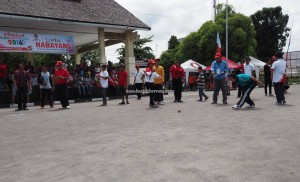 traditional games, permainan tradisional, Sports, Lomba Gasing, Festival Budaya, backpackers, Kalimantan Tengah, 中加里曼丹, Indonesia, Palangka Raya, competition, carnival, suku dayak, Pariwisata, tourist attraction, tribe