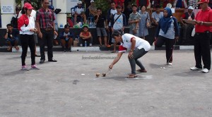 traditional games, permainan tradisional, Sports, authentic, Borneo, Central Kalimantan, 中加里曼丹, Indonesia, Palangka Raya, competition, event, native, Obyek wisata, tourist attraction, travel guide, tribal