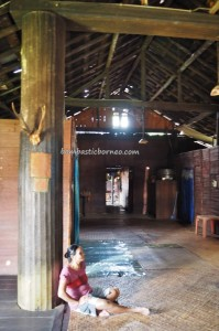 adventure, authentic, indigenous, Borneo, 中加里曼丹, Indonesia, Desa Tumbang Malahoi, Gunung Mas, Rungan, traditional, Dayak Ngaju, homestay, longhouse, tourist attraction, tribe, tribal,