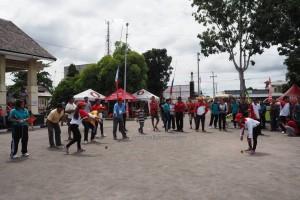 permainan tradisional, Lomba Habayang, Festival Budaya, Isen Mulang, Indigenous, backpackers, Borneo, Kalteng, Palangkaraya, culture, event, native, Obyek wisata, Tourism, travel guide, tribe