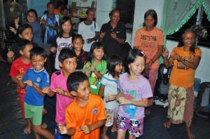 Rural, Mini library, authentic, Indigenous, native, tribe, Kampung, Bengoh dam, Padawan, Kuching, Malaysia, Non Profit Organization, volunteer, charity, education,