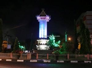 culture, dayak, native, Ethnic Banjarese, Borneo, Kota Seribu Sungai, river city, Sungai Martapura, street market, Patung Bekantan, Tourism, tourist attraction, traditional, travel guide,