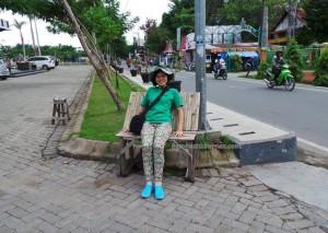 culture, dayak, native, Ethnic Banjarese, Borneo, Kota Seribu Sungai, river city, Manara Pandang, street market, pasar lama, Tourism, tourist attraction, traditional, travel guide,