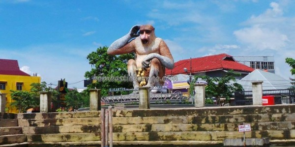 Ethnic Banjarese, Borneo, Indonesia, Kota Seribu Sungai, river city, Sungai Martapura, Patung Bekantan, obyek wisata, Tourism, tourist attraction, tradisional, traditional, travel guide, village, 馬辰