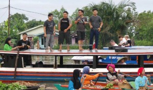 Floating Market, Lok Baintan, authentic, Boat ride, Kalsel, Kota Banjarmasin, Martapura River, Sungai Tabuk, obyek wisata, outdoors, Tourism, tourist attraction, tradisional, travel guide, village,