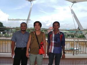 dayak, native, Borneo, Kalimantan Selatan, Kota Seribu Sungai, river city, Sungai Martapura, obyek wisata, Tourism, traditional, travel guide, village