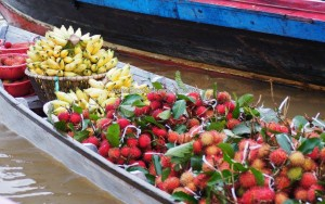 Floating Market, klotok, Boat ride, culture, Indonesia, Kalsel, Kota Banjarmasin, Martapura River, Sungai Tabuk, obyek wisata, Tourism, tourist attraction, tradisional, village, kota seribu sungai,