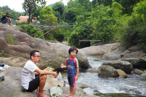 family holiday, nature, outdoor, Sungai, Kampung Parang, village, Padawan, Malaysia, Community Service, education, native, Non Government Organization, adventure, Mini library, charity,