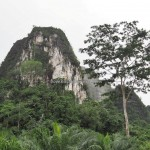 Limestone Hills, caves, Karst topography, adventure, nature, outdoors, Borneo, Kotabaru, Sungai Durian, conservation, ecotourism, Obyek wisata, tourist attraction, travel guide, 婆罗州石灰岩山