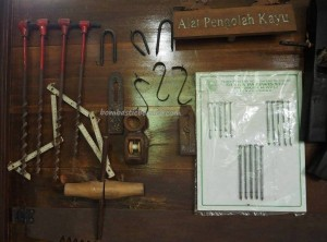 Wood Museum Tuah Himba, destination, koleksi, collection, dayak, Kerajinan, Borneo, Indonesia, East Kalimantan, Kutai Kartanegara, Panji Sukarame, Tourism, tourist attraction, travel guide, 婆罗州博物馆