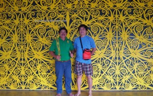 tourism, Uma Bakah, indigenous, backpackers, Bakun Dam, Belaga, Malaysia, longhouse, native, Kenyah tribe, dayak motif, traditional, tribal, 婆罗州长屋, 旅游景点,