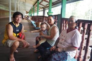 authentic, indigenous, Belaga, Borneo, Sarawak, Malaysia, longhouse, native, Orang Ulu, Suku Dayak Kenyah, Tourism, travel guide, tribe, village, 沙捞越婆罗州,