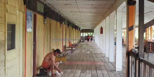 longhouse, village, authentic, Bakun Dam resettlement, Kapit, Borneo, Sarawak, Malaysia, native, tribe, Dayak Kayan, Tourism, travel guide, backpackers, 沙捞越长屋