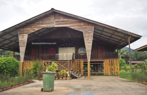 rumah panjang, authentic, Bakun Dam resettlement, Kapit, Belaga, Borneo, Malaysia, native, tribe, Dayak Kenyah, Orang ulu, tourism, travel guide, backpackers, 沙捞越婆罗州