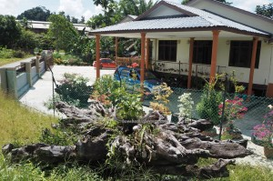 rumah panjang, village, traditional, Sungai Asap, Bakun Dam resettlement, Bintulu, Borneo, Malaysia, native, Dayak Kenyah, tourist attraction, backpackers, destination, 沙捞越旅游景点, 婆罗州长屋