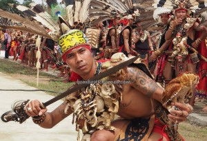 naik dango, paddy harvest festival, traditional, Dayak Kanayatn, Ethnic, tribe, tribal, West Kalimantan, Kampung Budaya, Landak, Ngabang, Obyek wisata, Tourism, transborder, 原著民丰收节日,