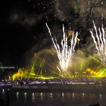 backpackers, destination, golden bridge, jambatan, fireworks, Opening ceremony, Borneo, Malaysia, obyek wisata, tourism, 古晋, 沙捞越, 旅游景点, 步行桥, 婆罗州