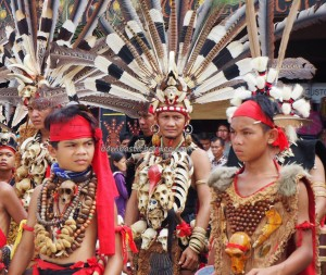 Naik Dango, Gawai Harverst Festival, authentic, indigenous, culture, Etnis, native, Borneo, Indonesia, Landak, Ngabang, tourism, traditional, travel guide, 西加里曼丹丰收节日,