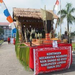 cultural parade, Naik Dango, authentic, backpackers, transborder, culture, ceremony, Ethnic, tribal, Borneo, Kalimantan Barat, Kampung Budaya, Tourism, obyek wisata, travel guide,