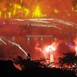 backpackers, Darul Hana Bridge, event, fireworks, Opening ceremony, Borneo, Sarawak river, Tourism, tourist attraction, travel guide, 古晋, 沙捞越, 旅游景点,