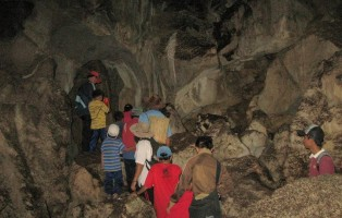 Gua Segon, Taang Sigon, adventure, outdoor, destination, exploration, Simpok village, Borneo, Padawan, Malaysia, Dayak Bidayuh, Sarawak Bisapug Association, stalactites, stalagmites, 沙捞越洞穴