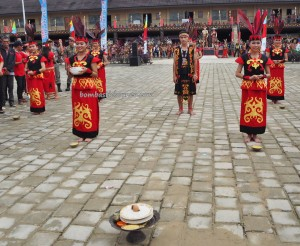 Gawai Harverst Festival, authentic, backpackers, culture, ceremony, Etnis, native, tribe, Borneo, Indonesia, Ngabang, tourism, obyek wisata, travel guide, traditional