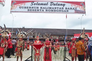 Gawai Harverst Festival, backpackers, culture, ceremony, Dayak Kanayatn, native, tribe, Borneo, Kalimantan Barat, Landak, Tourism, traditional, travel guide, indigenous, 原著民丰收节日