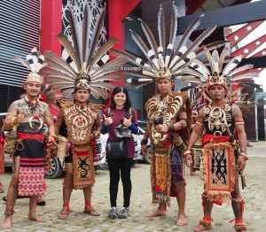 Naik Dango, Gawai Harverst Festival, backpackers, culture, event, indigenous, native, tribe, Indonesia, Landak, Ngabang, Travel guide, traditional, Rumah Radakng, 婆罗洲西加里曼丹