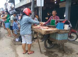 Keraton Ismahayana, authentic, Dayak Kanayatn, native, Ethnic, Borneo, Indonesa, Kampung Budaya, local market, Obyek wisata, Tourism, tourist attraction, 西加里曼丹, 婆罗洲, 旅游景点,