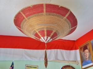 Tang Itong village, kulit kayu topi, hat, Kraftangan Malaysia, culture, native, dayak, Orang Ulu, tribal, Lun Bawang, Borneo, Sarawak, Lawas, tourism, traditional, travel guide,