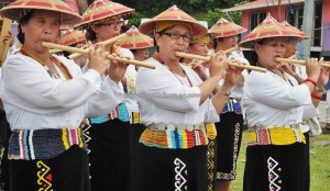 Gawai harvest festival, Irau event, traditional, thanksgiving, Sarawak, Lawas, Malaysia, Lundayeh, dayak, tribe, Orang Ulu, tourist attraction, travel guide, musical instruments, crossborder, 婆罗洲丰收节日