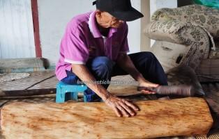 Kampung Tang Itong, kulit kayu topi, handicrafts, clothing, Kraftangan, authentic, backpackers, native, Lun Bawang artisan, Borneo, Lawas, Limbang, tourist attraction, traditional, travel guide, 老越砂拉越,