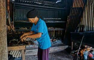 Ikan Tahai, Smoked fish, exotic delicacy, seafood, water village, authentic, traditional, destination, malay, Borneo, Limbang, Malaysia, tourist attraction, travel guide, 婆罗州, 原著民旅游景点