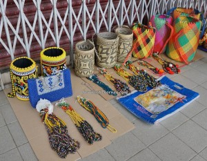 authentic, traditional, backpackers, destination, orang ulu, Borneo, Limbang, Malaysia, open-air market, Pasar Tamu, Tourism, travel guide, Gawai Dayak, Irau Aco Lun Bawang Festival, 婆罗洲原著民