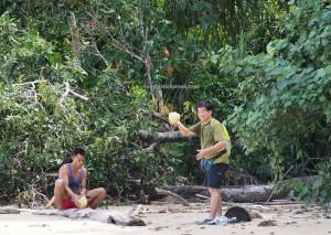 mud volcano, national park, Pulau Tiga, nature, exploration, jungle trekking, Borneo, Malaysia, Kuala Penyu, Pulau Kalampunian Besar, Snake island, Tourism, transborder, 沙巴婆罗洲, 旅游景点,