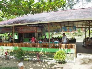 beach Resort, pantai, backpackers, destination, Borneo, Wonderful Indonesia, Kalimantan Barat, Temajuk, Paloh, outdoor, Obyek wisata, Tourism, travel guide, transborder, village,