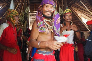 authentic, indigenous, Borneo, Indonesia, Dusun Betung, tribal, tribe, ceremony, culture, Baruk, skull house, Tourism, travel guide, crossborder, village, 原著民丰收节日
