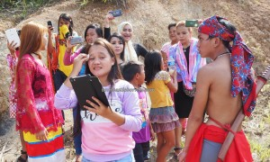 Gawai Harvest Festival, backpackers, Bengkayang, Borneo, Kampung Kadek, Gumbang, dayak bidayuh, native, wisata budaya, culture, Tourism, travel guide, traditional, transborder, palm wine