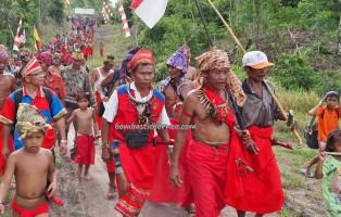 Paddy Harvest Festival, authentic, indigenous, backpackers, Indonesia, Desa Tangguh, Dusun Betung, Kampung Gumbang, dayak bidayuh, native, tribal, culture, Tourism, traditional, village, 原著民丰收节日