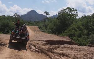 adventure, backpackers, Borneo, Indonesia, Dusun Betung, Kampung Gumbang, dayak bidayuh, native, event, Tourism, tourist attraction, traditional, travel guide, transborder, village, 西加里曼丹婆罗洲