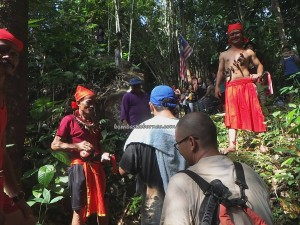 Gawai Harvest Festival, adventure, backpackers, Indonesia, Sarawak, Dusun Betung, Kampung Kadek, Siding, dayak bidayuh, native, event, culture, Tourism, tourist attraction, traditional, 婆罗洲丰收节日