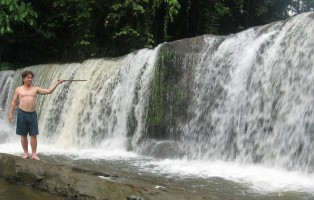 exploration, Air Terjun Pe'an, adventure, outdoors, rainforest, destination, Bengoh Dam, Borneo Heights, Malaysia, Padawan, Sungai E'ten, River, tourist attraction, travel guide, 砂拉越瀑布, 婆罗洲旅游景点