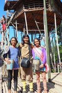 Paddy Harvest Festival, backpackers, Borneo, West Kalimantan, Desa Tangguh, Dusun Betung, native, tribe, event, culture, Tourism, tourist attraction, travel guide, crossborder, village, 西加里曼丹丰收节日
