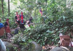 nature, outdoor, backpackers, adventure, jungle trekking, Bengkayang, Borneo, Indonesia, Kampung Kadek, Gumbang, native, Tourism, tourist attraction, traditional, 婆罗洲丰收节日
