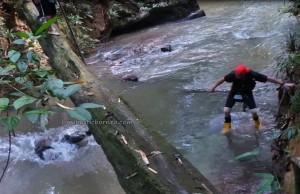 Jungle trekking, outdoor, backpackers, Sarawak, Kampung Gumbang, Siding, dayak bidayuh, native, nature, Tourism, obyek wisata, traditional, village, 西加里曼丹, 婆罗洲,